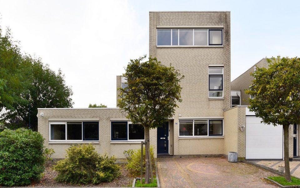 Flessegroen 27 <br> <small>2718 GA Zoetermeer </small>