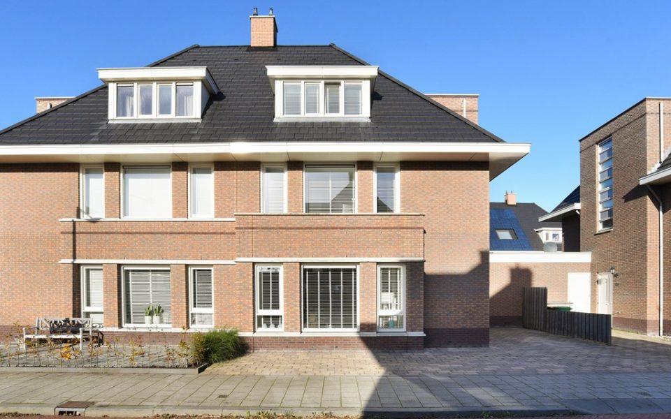 Beemsterhof 6 <br> <small>2493 XR Den Haag </small>