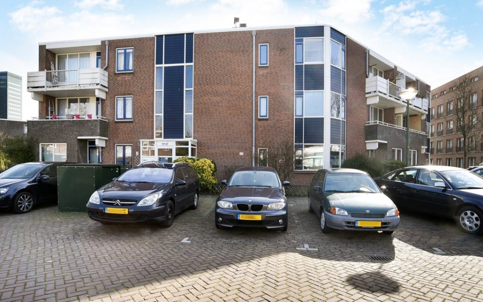 Hendrick Hamelplantsoen 33 <br> <small>2595 XR Den Haag </small>