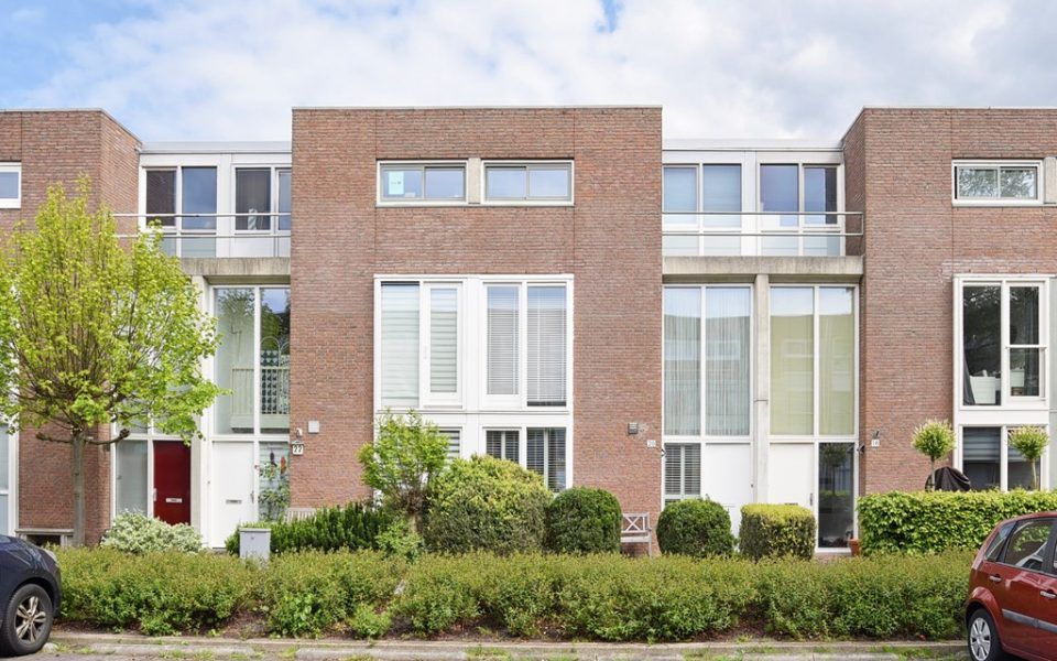 Krakeendstraat 20 <br> <small>2492 NP Den Haag </small>