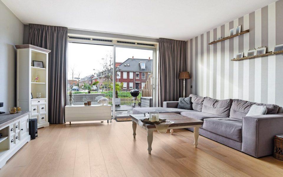 Van Baaklaan 48 <br> <small>2493 CG Den Haag </small>