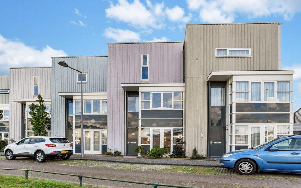 Forelvijver 22 <br> <small>2492 MS Den Haag </small>